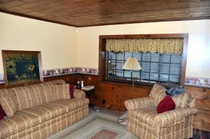 basementfamilyroom (Large)